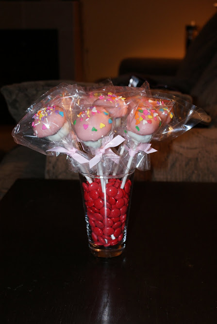 Cupcake Pops...Yummy...and just so darn cute!