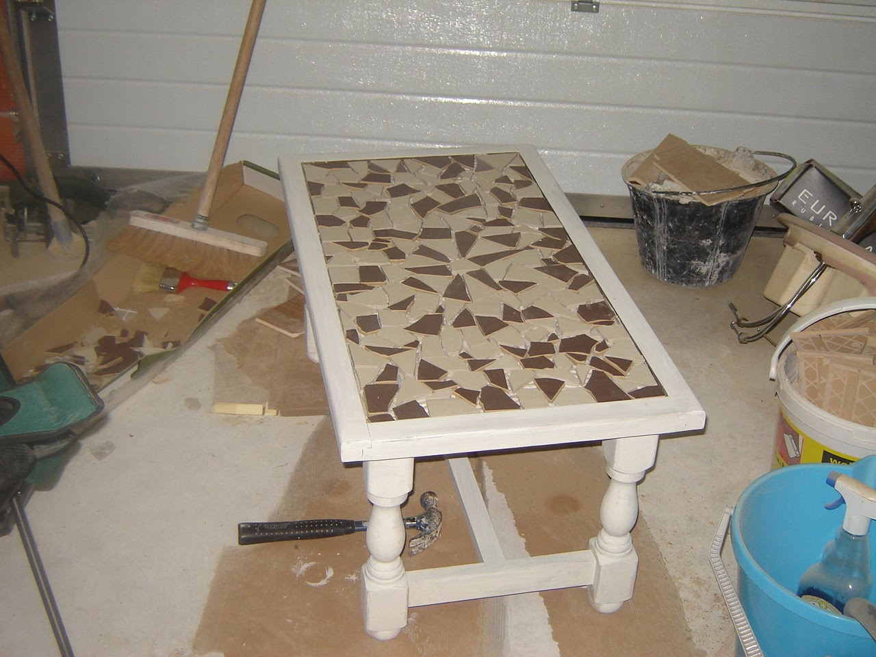 Marie scrap et cie r novation table de salon for Cie no 85 table 4