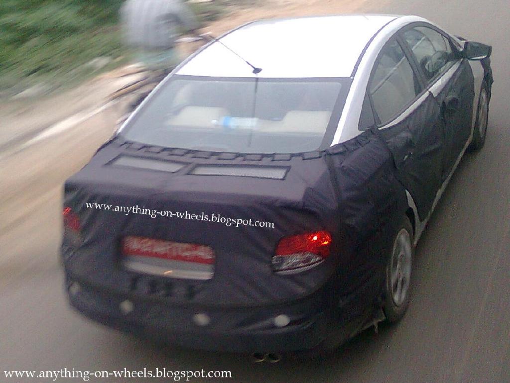 http://1.bp.blogspot.com/_AUZWgWQb_Lw/TPodbubuEXI/AAAAAAAABKo/7Bd1Q5g_mNA/s1600/Hyundai%2BRB.jpg