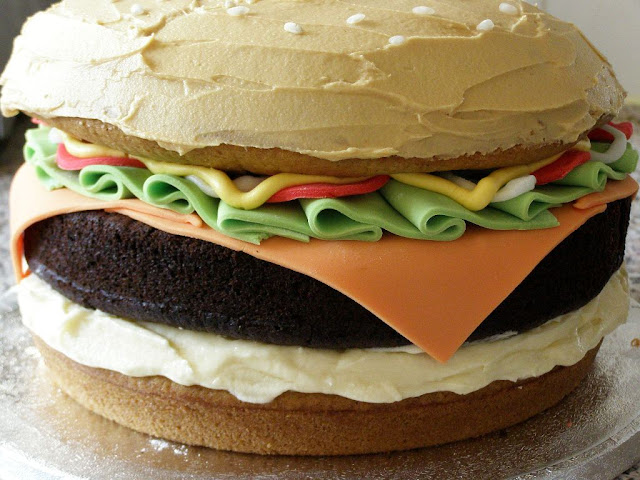 burger cake