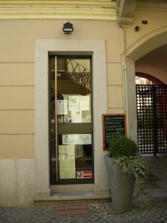 L'ingresso del negozio