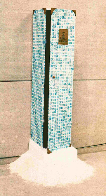 Trajes de Baño. Houdini (Intalación. Galería Fernando Serrano))