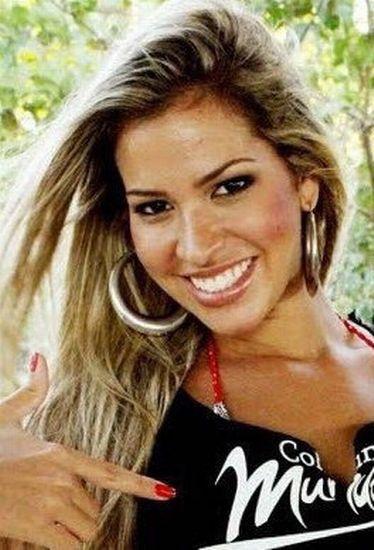 Adriana Bbb