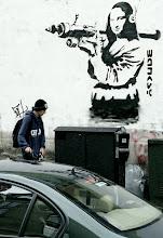 banksy street chuva