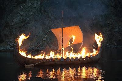 Culto a los Muertos (Mitología Nórdica)  Dsc_9438