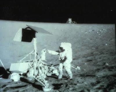 landing on moon. Moon Landing Photo Gallery