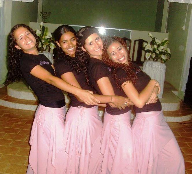 Modelos de Roupas e vestidos para Evangélicas   Blog
