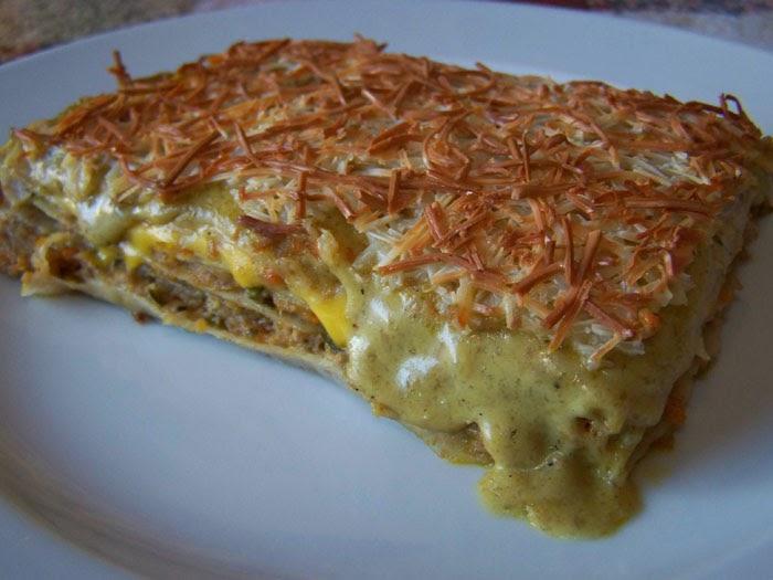 Cuchara de palo lasa a de pasta fresca integral con - Pimientos rellenos de carne picada y bechamel ...