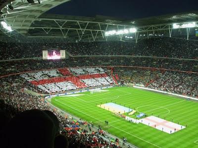 http://1.bp.blogspot.com/_Aevku0taFDk/SdYrRy89O5I/AAAAAAAAAUI/4vIdhFdceAI/s400/46+England+performance+re.jpg