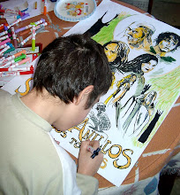 Mi hijo David dibujando