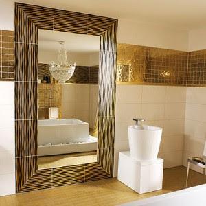 Декор ванны плиткой мозаика
