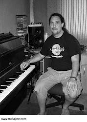 Toni Romero, productor musical y teclista de Chambao.