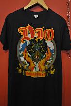 baju2 vintage ada dlm blog bwh ni..