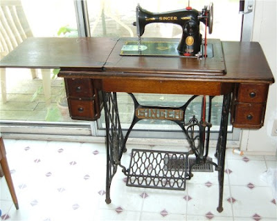 singer sewing machine in United Kingdom | Gumtree Antiques
