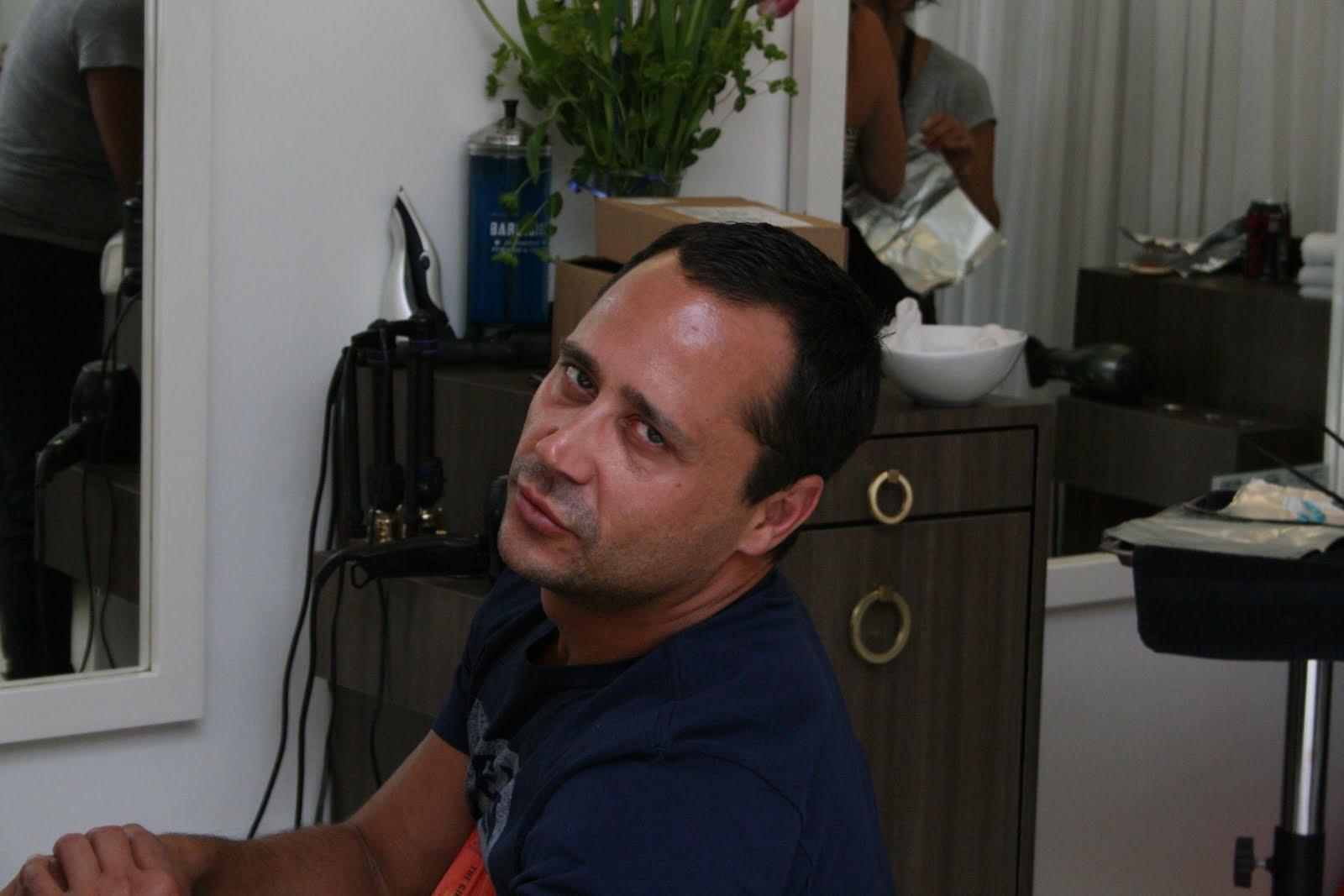http://1.bp.blogspot.com/_Ama0bG0d-3o/TBgW9u-ck_I/AAAAAAAAAMA/7BjiOX5s8Jk/s1600/Justin.jpg