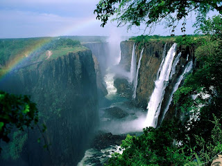Beautiful and natural wonders of the world pictures and landscape wallpapers Victoria Water Falls