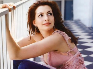 free pictures of hollywood stars - anne hathaway wallpapers