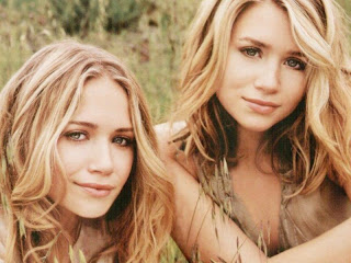Beautiful Mary-Kate and Ashley Olsen twins wallpapers