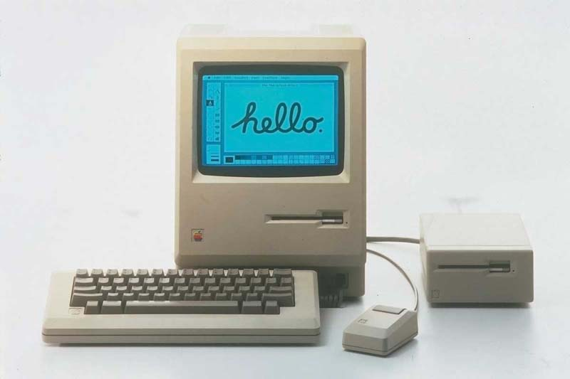 The first pc and apple computers