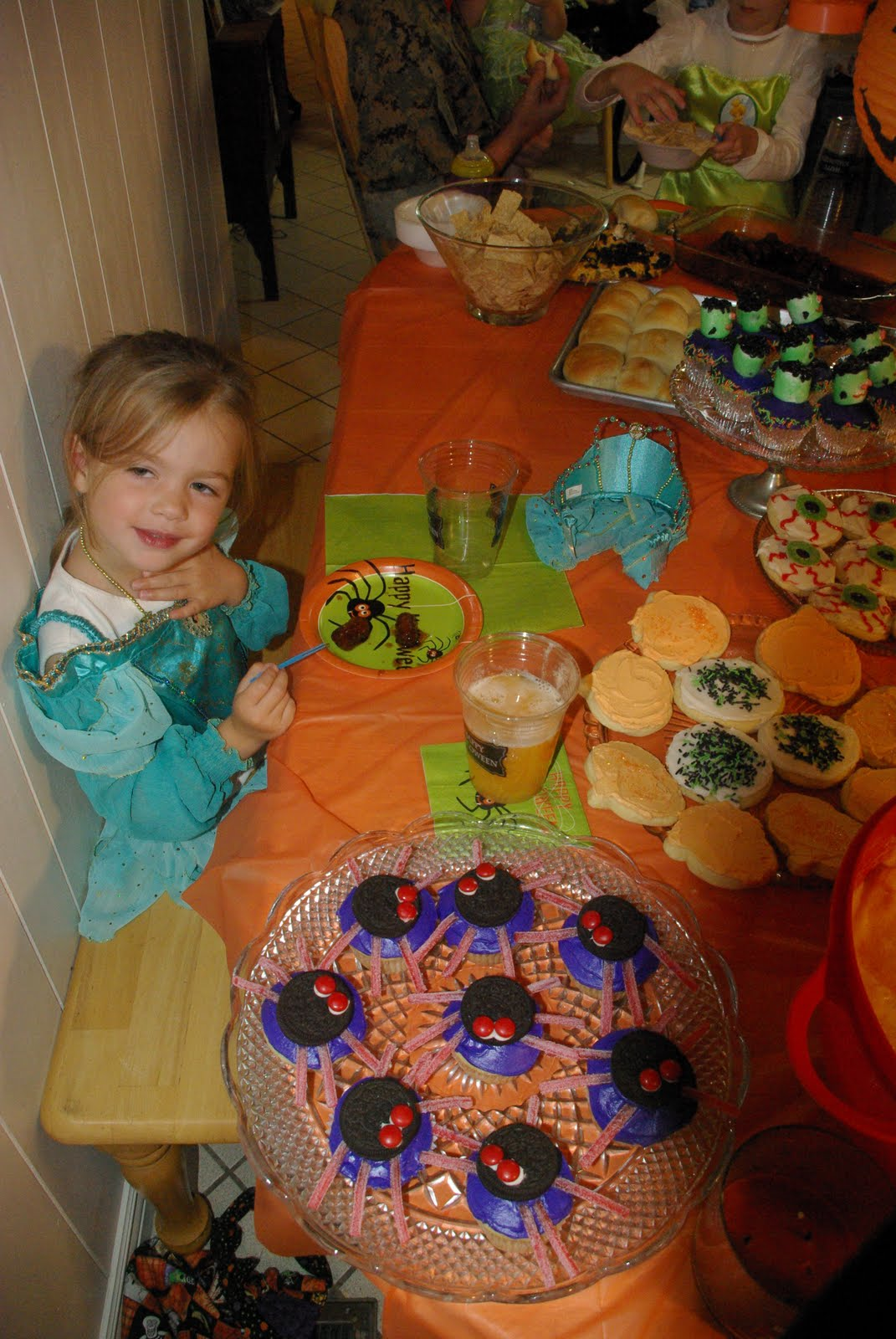 Abbotts Adventures: Halloween Party and Football Games