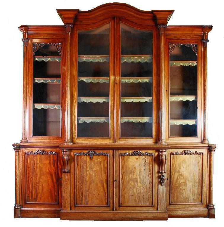 Merveilleux Many Fine Examples Of Antique Bookcases
