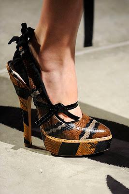 Ayakkabı ve çanta modelleri...