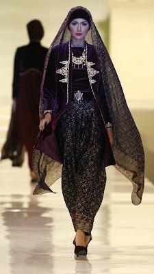 ghea panggabean - Islamic Fashion Festival 2009