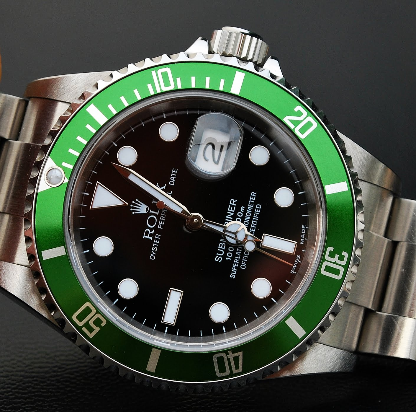 Wristwatch Pictures Rolex Submariner 16610LV FLAT FOUR
