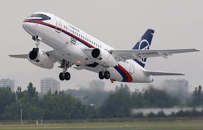 http://1.bp.blogspot.com/_AxCuBauiBF0/SjbtjGb8VFI/AAAAAAAACQo/XmXC5nD4Gsc/s400/Sukhoi+Superjet+100,+primeiro+avi%C3%A3o+comercial+russo+desde+o+fim+da+Uni%C3%A3o+Sovi%C3%A9tica+faz+seu+primeiro+voo+na+Paris+Air+Show.jpg