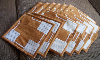 12 Gingerbread potholders