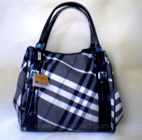 Kode: Tas Branded Burberry BP shopper3