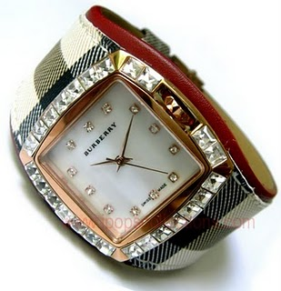 Kode: Jam Tangan Branded Burberry Oyster Gold Diamond