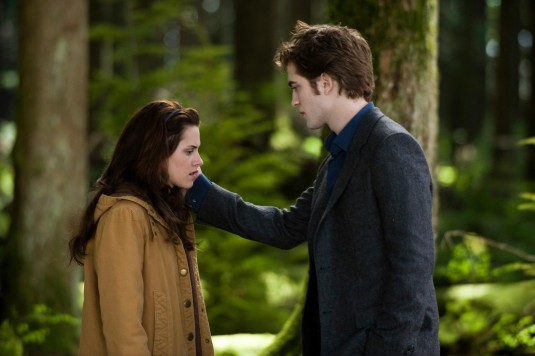 kristen stewart in twilight new moon. Twilight Saga: New Moon on