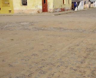 Vereador solicita manutenção de pavimento