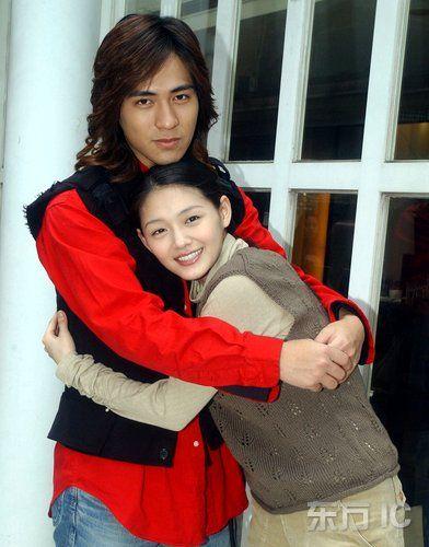 http://1.bp.blogspot.com/_B-UCZFpSki0/S6-isShqzjI/AAAAAAAAZvI/qOI0kGqjKgw/s1600/Vic-Zhou-and-Barbie-Hsu-Picture-1.jpg