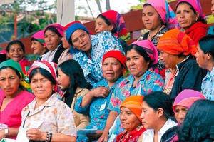 http://1.bp.blogspot.com/_B-lrr7gW_Rk/S4f1bYTybyI/AAAAAAAAClE/B224-aB-pZE/s320/Los-lencas-se-distinguen-por-sus-rasgos-faciales-y-los-llamativos-colores.-Igual-que-otras-etnias-sufren-discriminacion.-Indiferencia-hacia-el-racismo_noticia_full.jpg