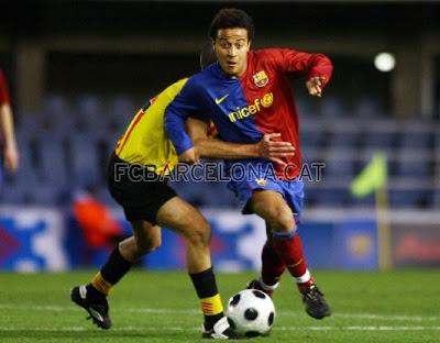 http://1.bp.blogspot.com/_B1JtfOpd85I/SX2Qu9Dmu8I/AAAAAAAAIhw/PcC_TSbby3s/s400/0+barcelona+atletic+sant+andreu+tiago+alcantara+run.jpg