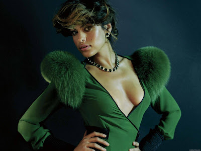 Eva Mendes Free Wallpapers