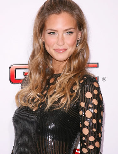 bar refaeli hot. hot Bar Refaeli
