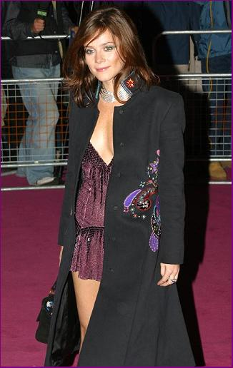 Anna Friel Measurements Bra Cup Breasts Hips Body Size