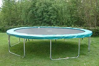 Essay trampoline bouyon dish