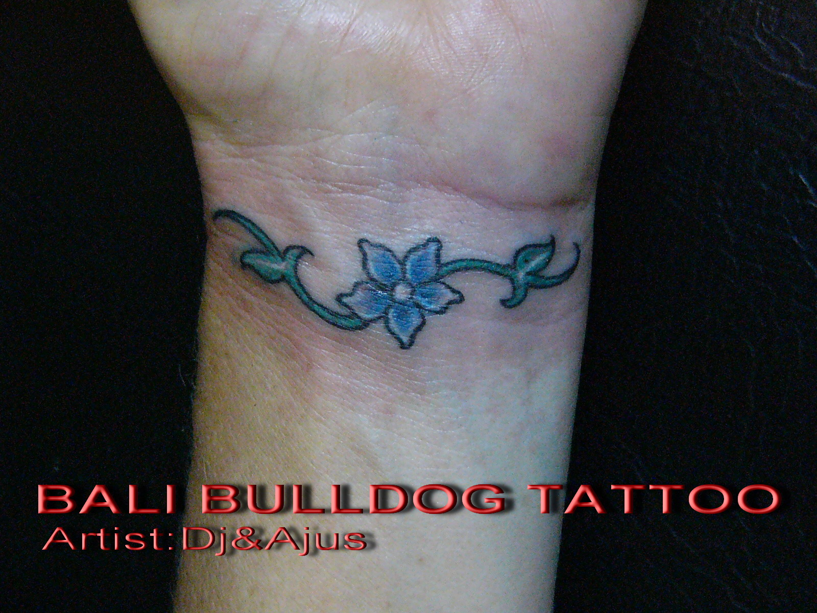 Very cute flower for girls tattoo
