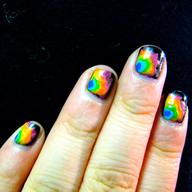 diy nail art rainbow tie-dye design polish