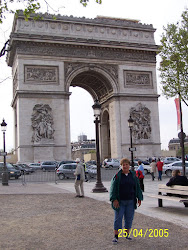 Jeannie in Front of the Arc de Triomphe