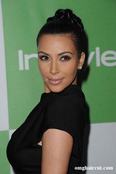 kim kardashian hairstyles 2011. kim kardashian haircut 2011.
