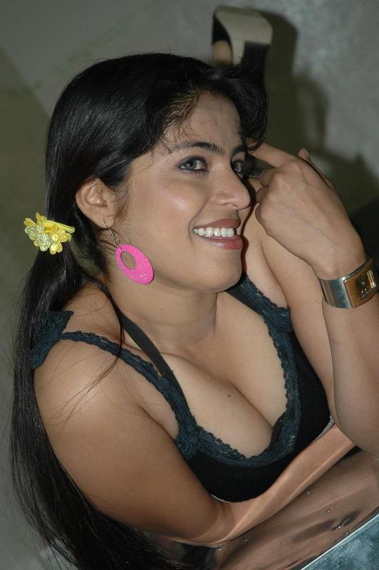 Deshi Adult Hot Photos