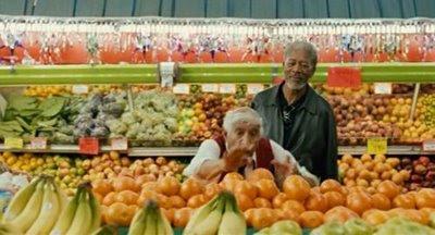 Подреждането на плодовете е истинско изкуство...