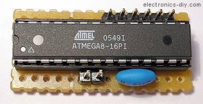 AVR Downloader Mikrokontroller