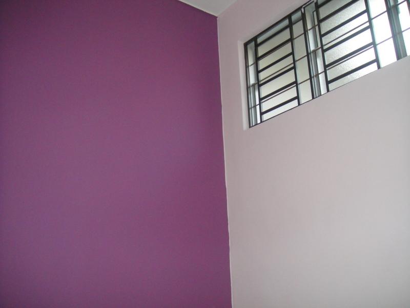Untuk bilik study (loteng) aku wat feature wall.