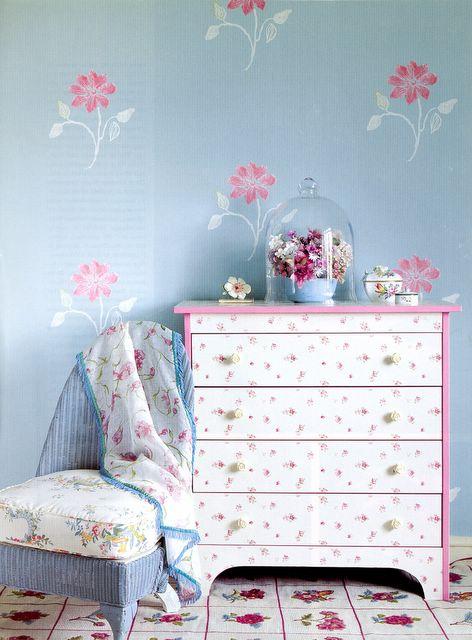 """jardim rosas de saron:Pequeno Mundo , Meu lar"""": Basicamente um jardim"""